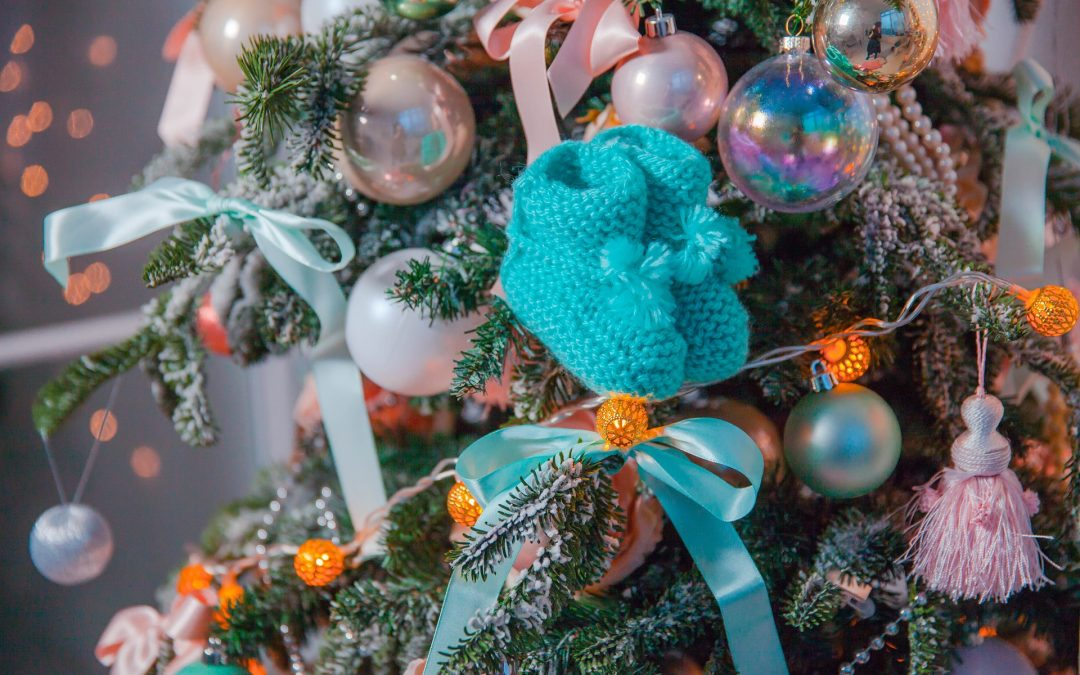 Baby toys into ornaments