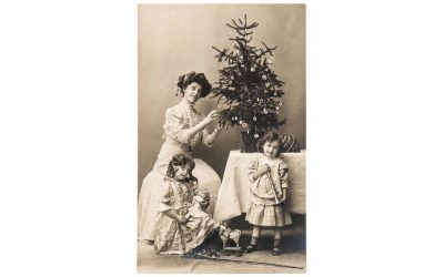 Finish your Christmas card photo or letter