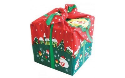 Furoshiki – wrapping gifts with fabric