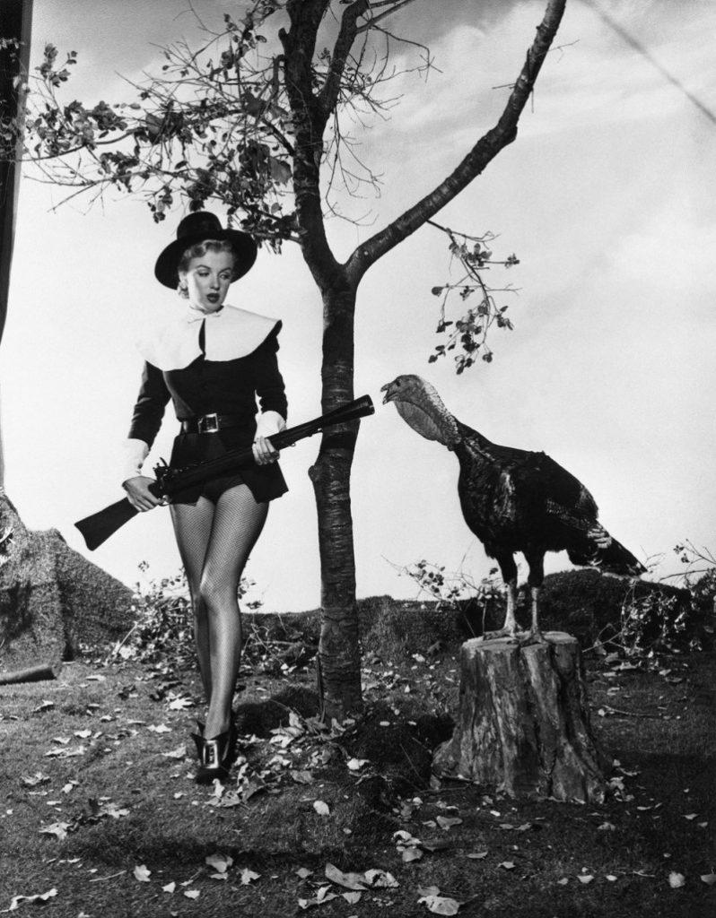 Marilyn Monroe with a turkey